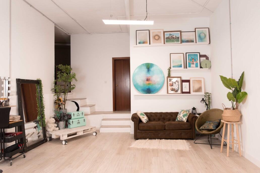 Imagen del estudio fotográfico de Comecocos Estudio, agencia de fotografía, branding y web en Valencia España